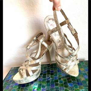 Golden 5 inches Heels Sandals. Platform. Size 8